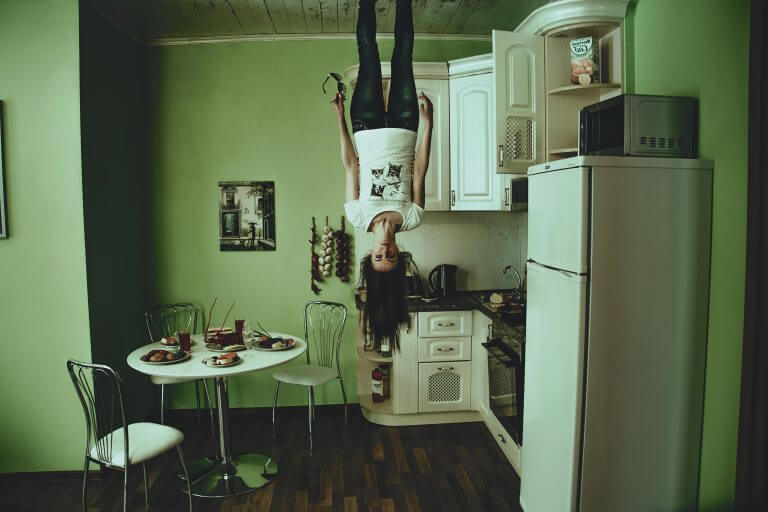 Alicia Orts - Tu mundo patas arriba